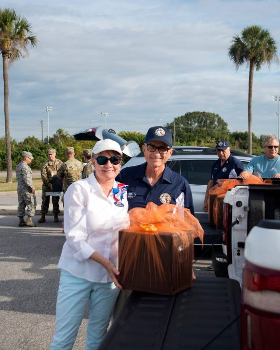 Lakewood Ranch AVMS member Steve Dretar with Operation Thanksgiving package