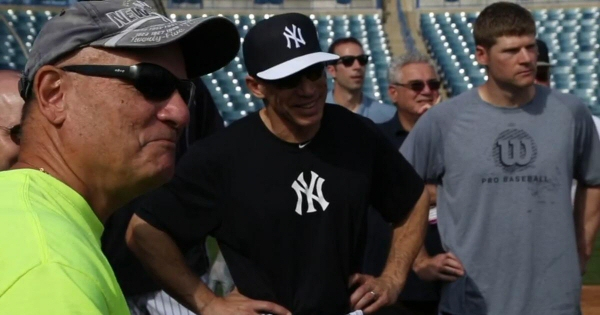 Richard Albero meets with New York Yankees coach Joe Girardi