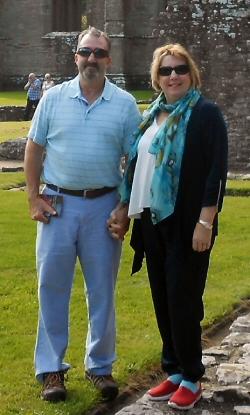 Karen and Dave Richards, Member of the Quarter Del Webb AVMS