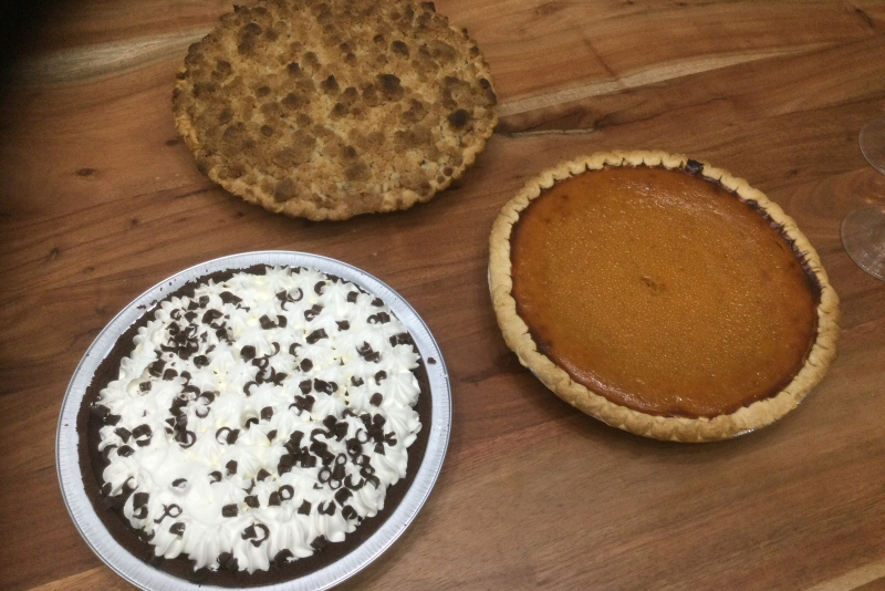 Operation Thanksgiving 2020 pies